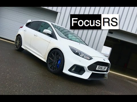 Frozen White 2016 Ford Focus Rs Inside Lane