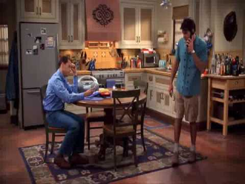 Two and a half men - Charlie Waffles  - Fischtopf- Song