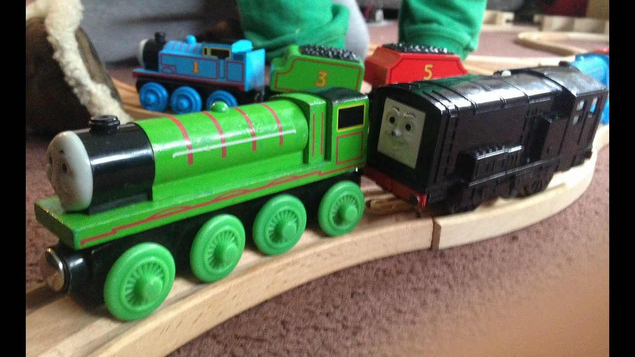 ... Engine - Diesel Shunting Engines - Large Wooden Toy Track - YouTube