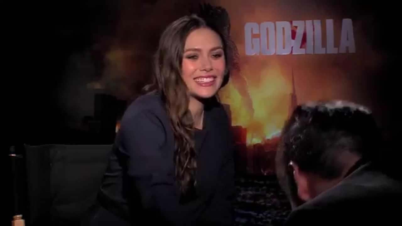 """GODZILLA"" (2014) Interview with Elizabeth Olsen - YouTube"