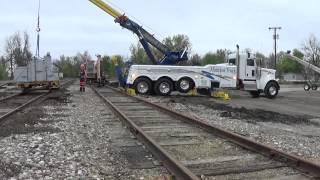 Midwest Truck 22,000 lb railroad cart lift VID14