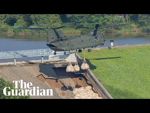RAF helicopter joins effort to stop Derbyshire dam collapse