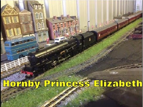 Hornby R2426 50th Anniversary Princess Elizabeth Unboxing and Review