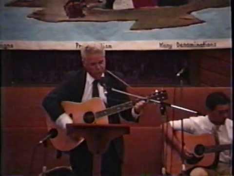 Allen L.Wingate Sr, sings