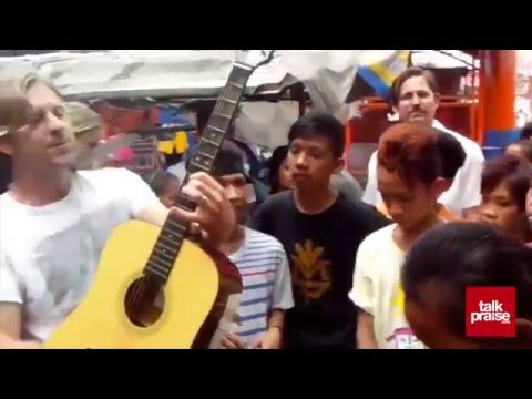 Switchfoot Street Concert | Tondo Manila :: Dare You To Move