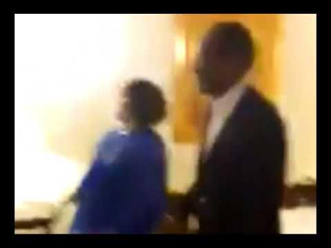 Blaise Compaoré et son épouse surpris en train de danser du Fally Ipupa
