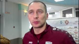 Сергей Рыжиков: тренер вратарей сказал, что теперь на каждой разминке будет палец выбивать