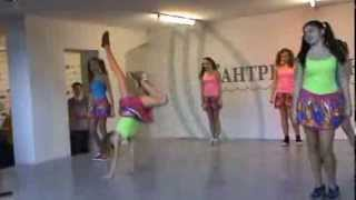 Гимнастика(Танец школы №20 г.Химки (А-Студио - Гимнастика), 2013-11-25T18:52:58.000Z)