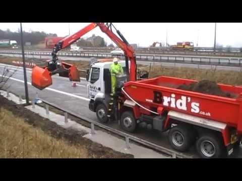 Brid's Ltd - Renault Lander Tipper Grab on M62 Motorway Job
