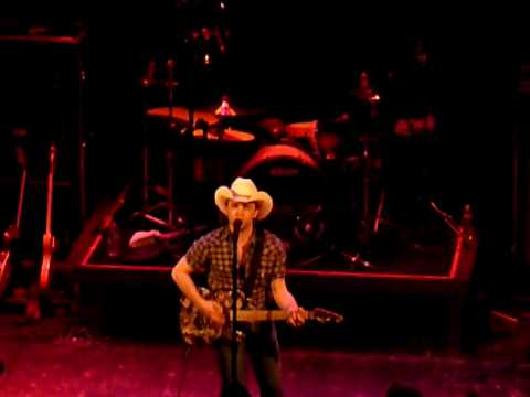 Justin Moore My Kind of woman