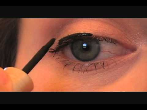 How To Apply Liquid Eyeliner {Blushing Basics Series ...