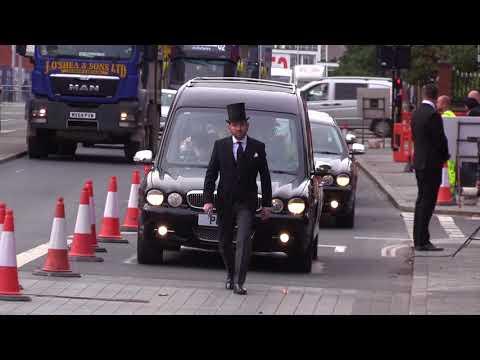 Coronation Street cast say goodbye to Vera actress Liz Dawn