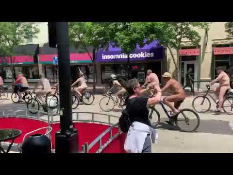 First photos from the 2013 World Naked Bike Ride | Nude