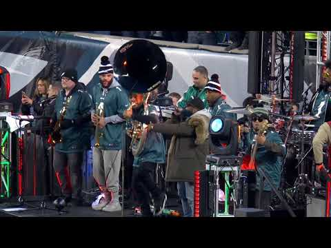 The Roots Perform At Halftime Of The NFC Championship Game | Philadelphia Eagles 2017 Playoffs