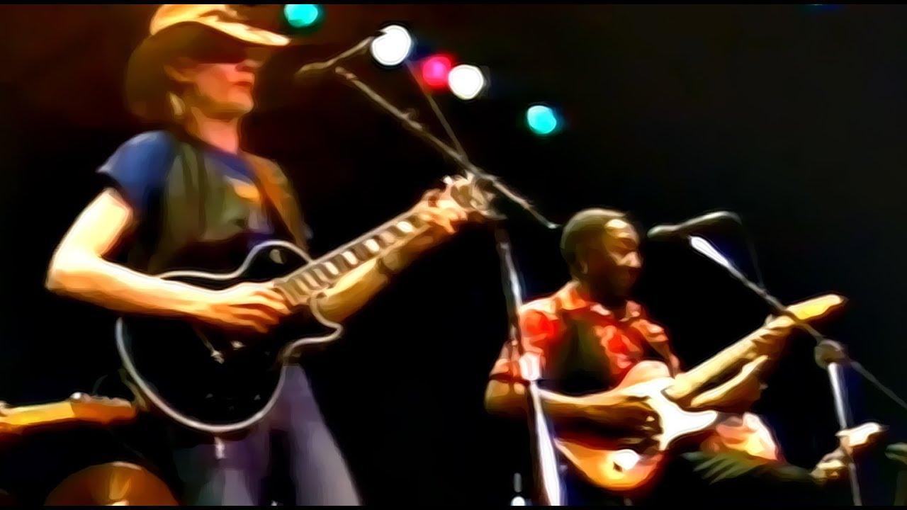 JOHNNY WINTER : un vrai grand Bluesman !