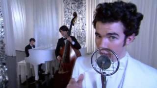 "Kevin Jonas singing in JONAS (solo) ""I Left My Heart in Scandinavia"" [HQ]"