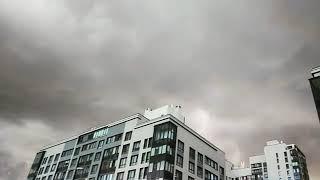 Смотреть видео Во время дождя в Петербурге сегодня. #спб #санктпетербург #гроза онлайн