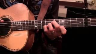 Lời khuyên #3 về chơi guitar của Tommy Emmanuel - Chuyển soạn