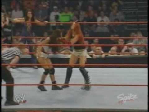 Trish stratus vs victoria women039s championship match - 4 2