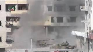 טנק של סוריה מקבל טיל