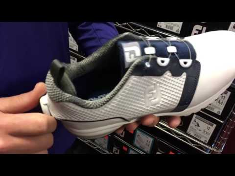 Golf shoes with retractable laces - YouTube