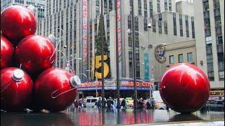 NEW YORK CITY 2018: CHRISTMAS SHOPS! CHRISTMAS TREE! HAPPY CHRISTMAS! [4K]