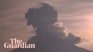 Mexico's Popocatépetl volcano erupts twice