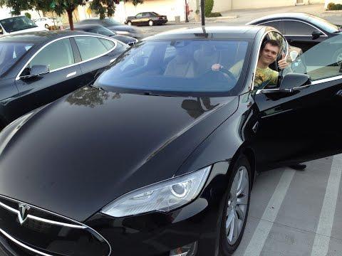 Tesla  видео