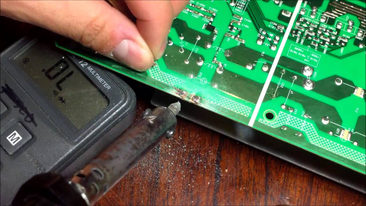 HOW TO FIX CRACK CIRCUIT BOARD Soldering TECH Tips 11