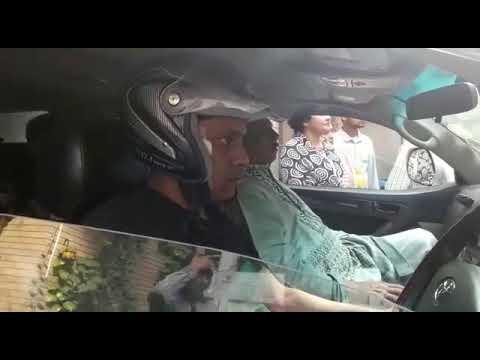 রোডমার্চ: হামলার আশঙ্কায় হেলমেট পরে গাড়ি চালাচ্ছেন আবদুর রবের ড্রাইভার
