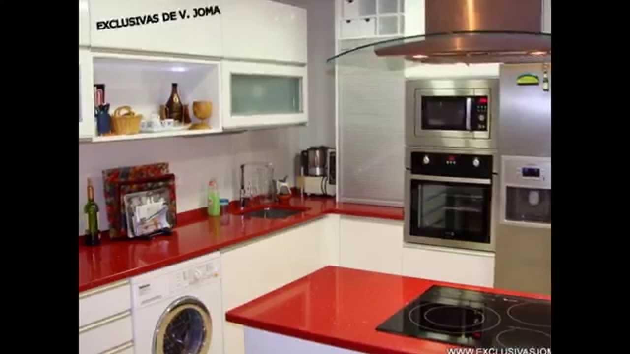 Muebles de cocinas en color rojoburdeos o granate
