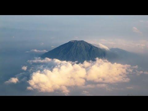 Ekspedisi Misteri Gunung Slamet