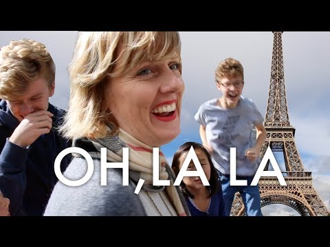 BIG AMERICAN FAMILY IN PARIS  : Traveling Full-time w/9 kids