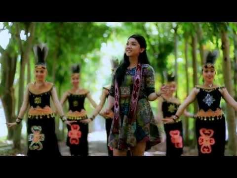 Lagu Dayak Kalimantan Barat ( PAGUH BENUA BORNEO) Voc. Fausta