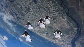 Sunny Days in Florida 2013 – Red Bull Skydive Team