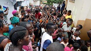 Serra Leoa organiza ajuda aos sobreviventes do deslizamento de terras na capital