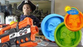 Домашние сражения игрушек ↑ Военные солдатики, нёрфы, конфеты, кухня↑ Обзор игрушек