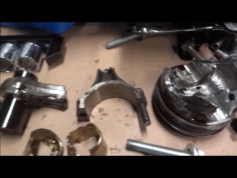 I Blew Up My Engine - Part 6 - Looking at the head, broken piston and connecting rod.