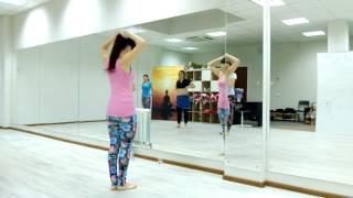 Урок восточного танца в школе Soul, разминка второго блока для начинающих,  тренер - Dali Maissa