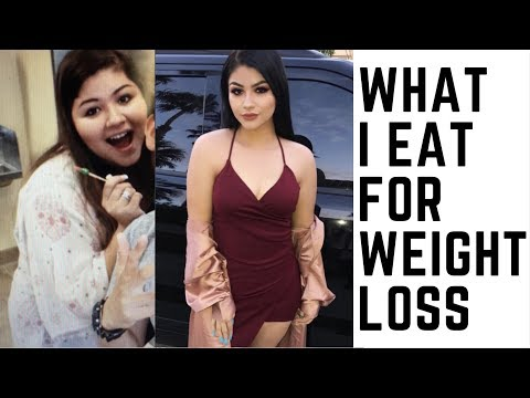 WHAT I EAT TO LOSE WEIGHT//GROCERY STORE HAUL thumbnail