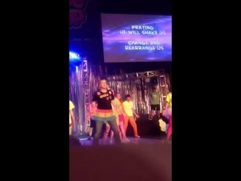 Jenna Kuykendall  Shake it up