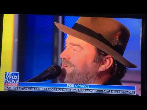 "Lee Brice performs ""Boy"" live on Fox and Friends"
