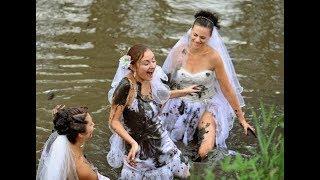 Оригинальные традиции на свадьбу в Москве. Свадебные обряды. Свадебные приметы.