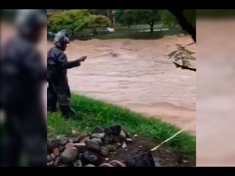 Lluvia en Medellín tuvo al río cerca del desbordamiento | Noticias Caracol