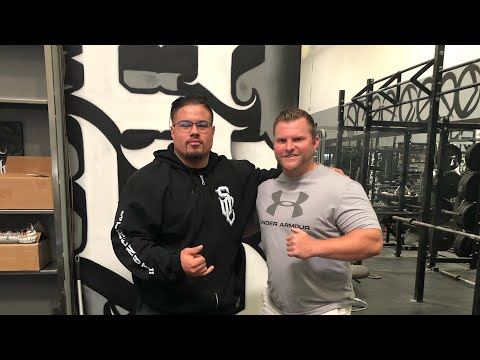 we-went-to-the-strength-cartel-gym!-&-carlsbad-village-vlog-|-california-day-3