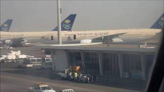 Saudi Arabian Airlines 747-300 Jeddah Departure