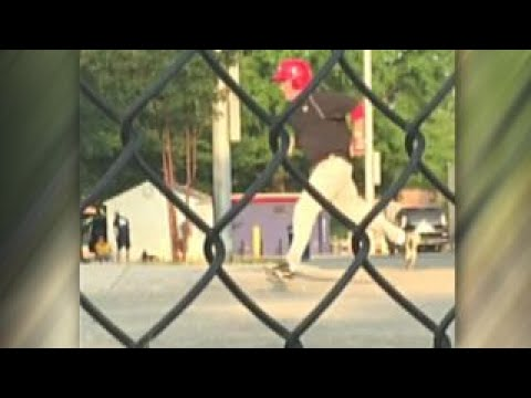 Thumbnail: Graphic content: Gunman opens fire on GOP baseball practice