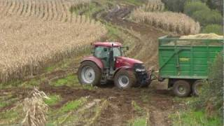 Maize 2011 - Tractors in Trouble!  + Two Foragers Together!