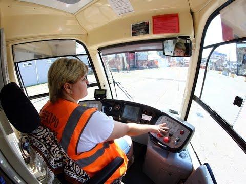 Прибыла первая партия троллейбусов и трамваев из Москвы