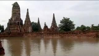 Thaïlande: les anciens temples du royaume de Siam menacés par des inondations